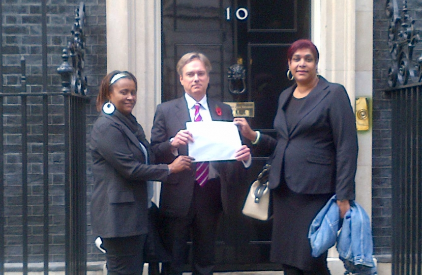 Henry Smith MP joins Chagos Islanders in Downing Street