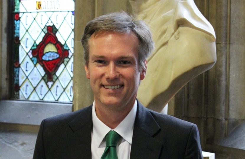 Henry Smith MP welcomes Commons vote for energy price cap