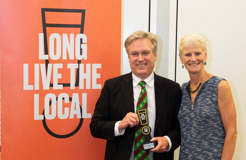 Henry Smith MP presented with Beer Champion award for work campaigning for pubs