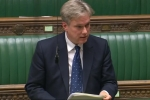 Henry Smith MP presents Crawley healthcare petition and hails Government support for Diabetics